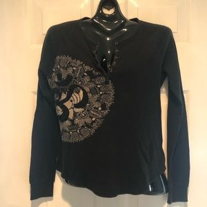 Lucky brand black light weight thermal top OM